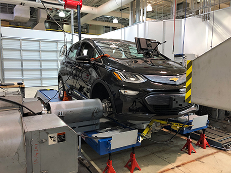 Chevrolet Bolt mounted on the hub dynamometer