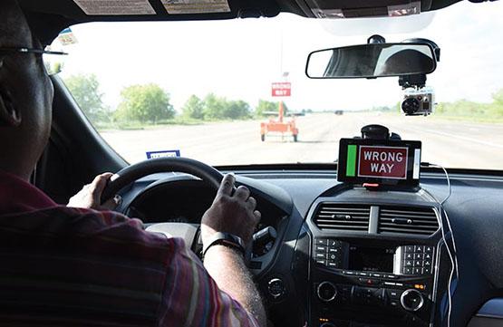 "In cabin traffic indicator showing ""Wrong Way"""