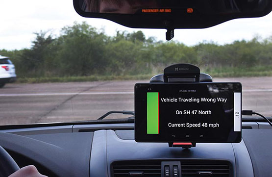 In cabin traffic indicator showing wrong way vehicle information