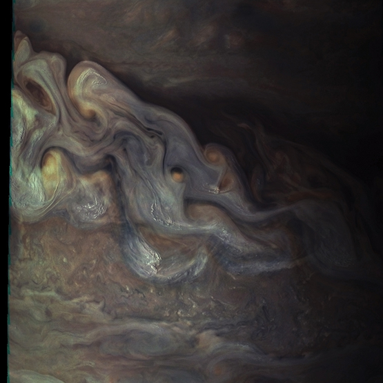 Waves of Jovian clouds