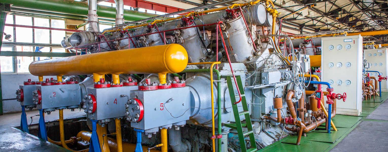 Crankshaft Strain in Large Integral Reciprocating Compressors