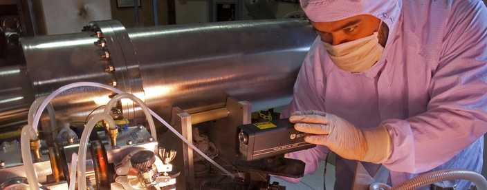 Ultraviolet Radiometric Calibration Chamber