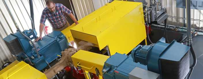 Go to Axle & Manual Transmission Fluids (MTF) Testing