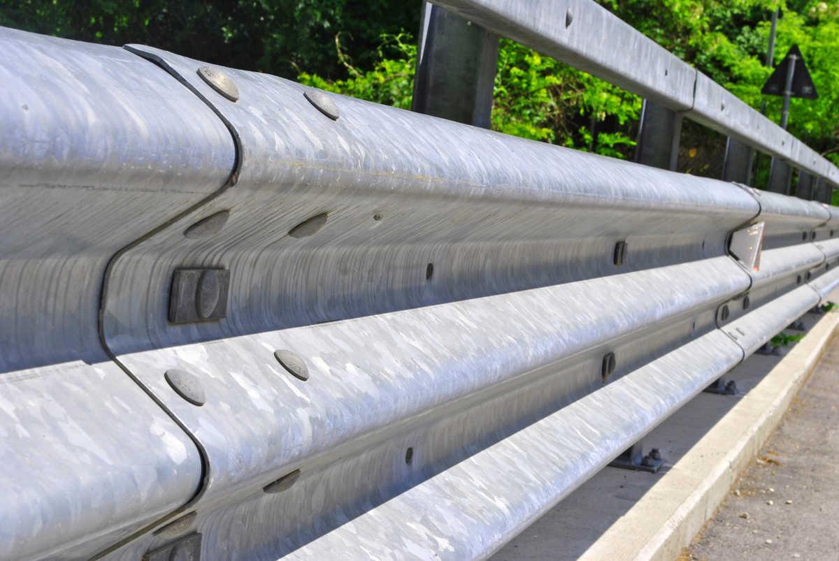 Thrie-beam Guardrail & Bridgerail Testing