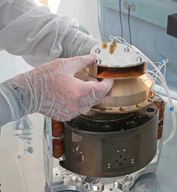 Heavy ion sensor