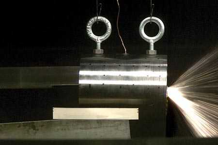 AVGR experiment to simulate impacts with rare metallic asteroids using iron-nickel cylinders.