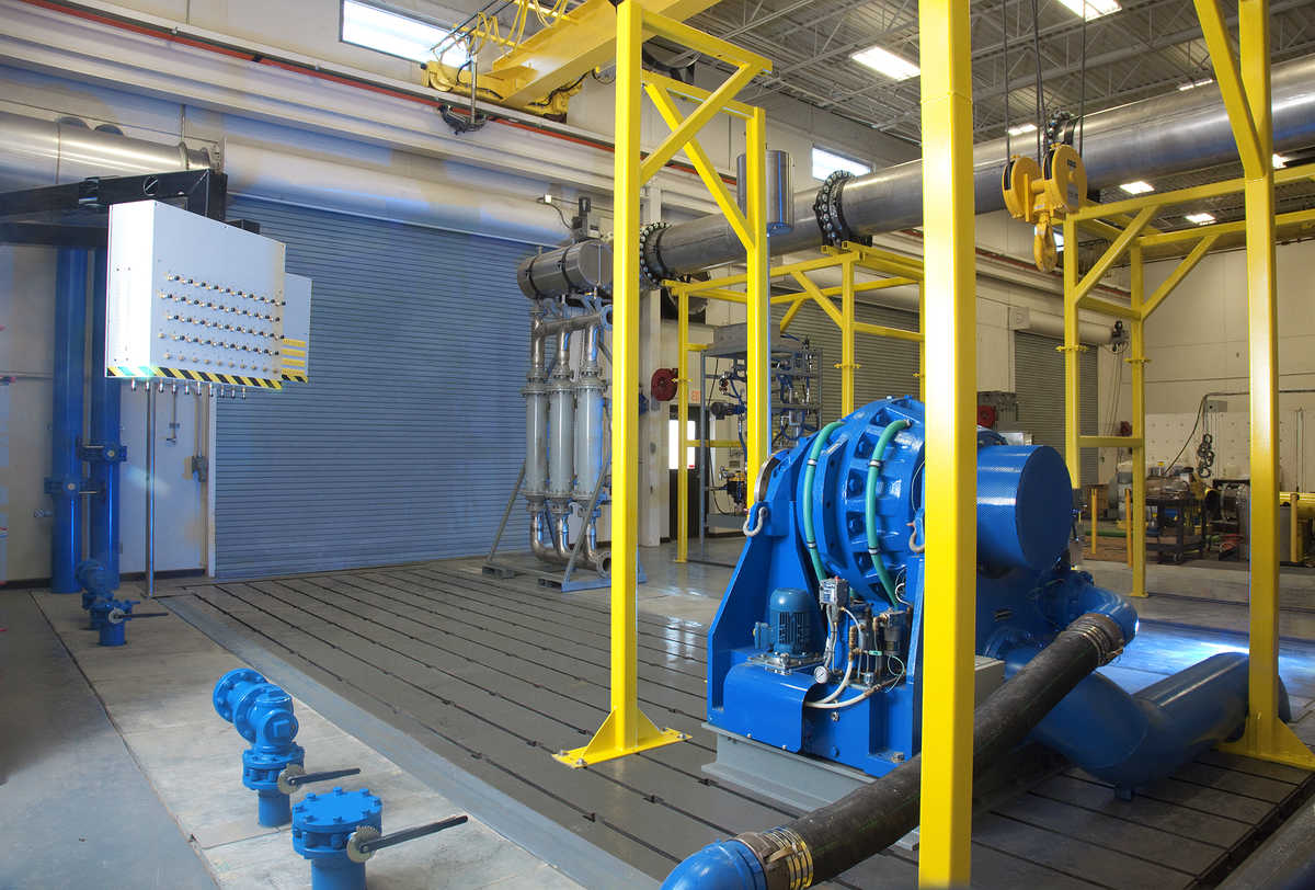 Photo: 7,000 hp engine test cell