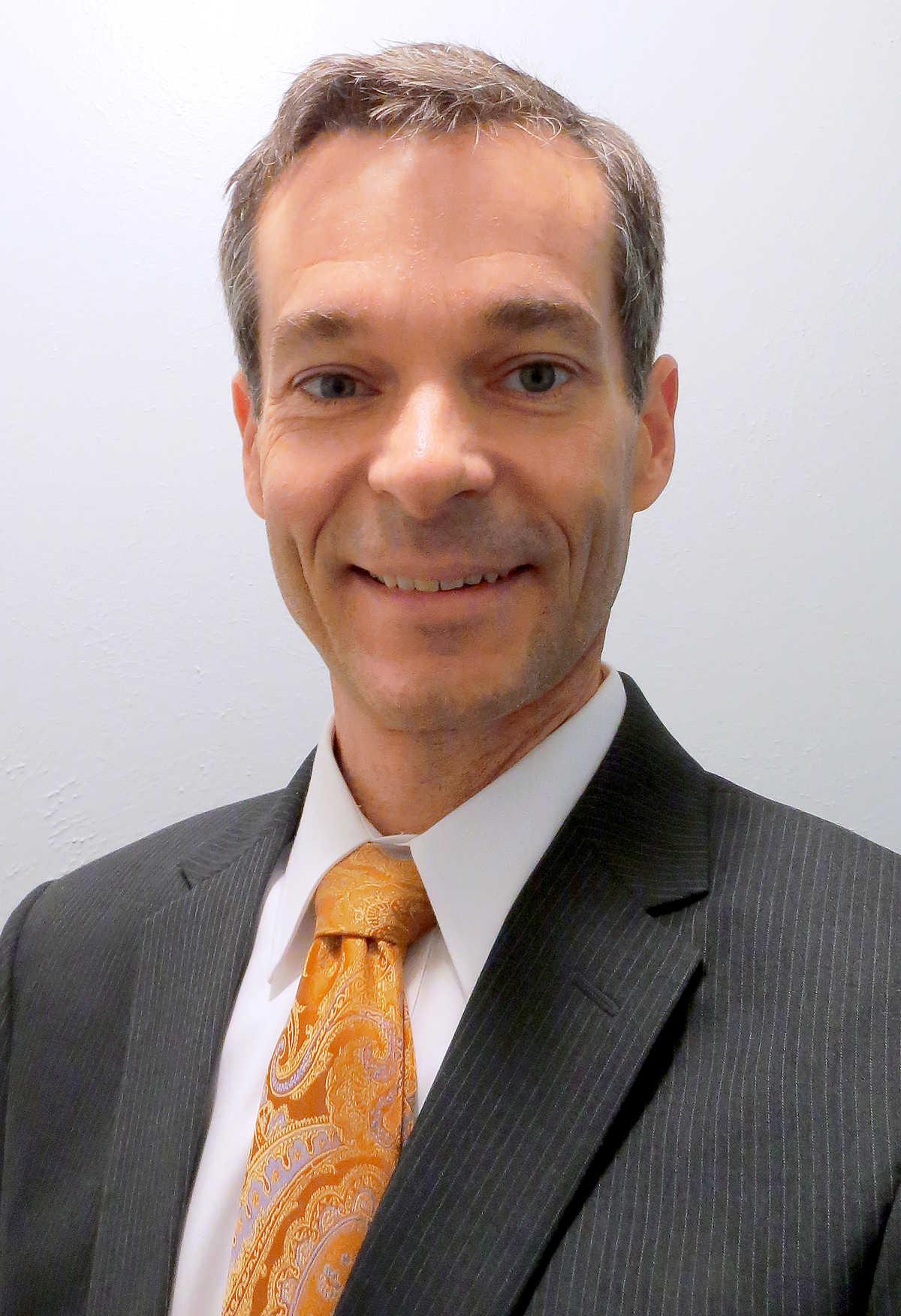 Dr. Nathaniel Putzig