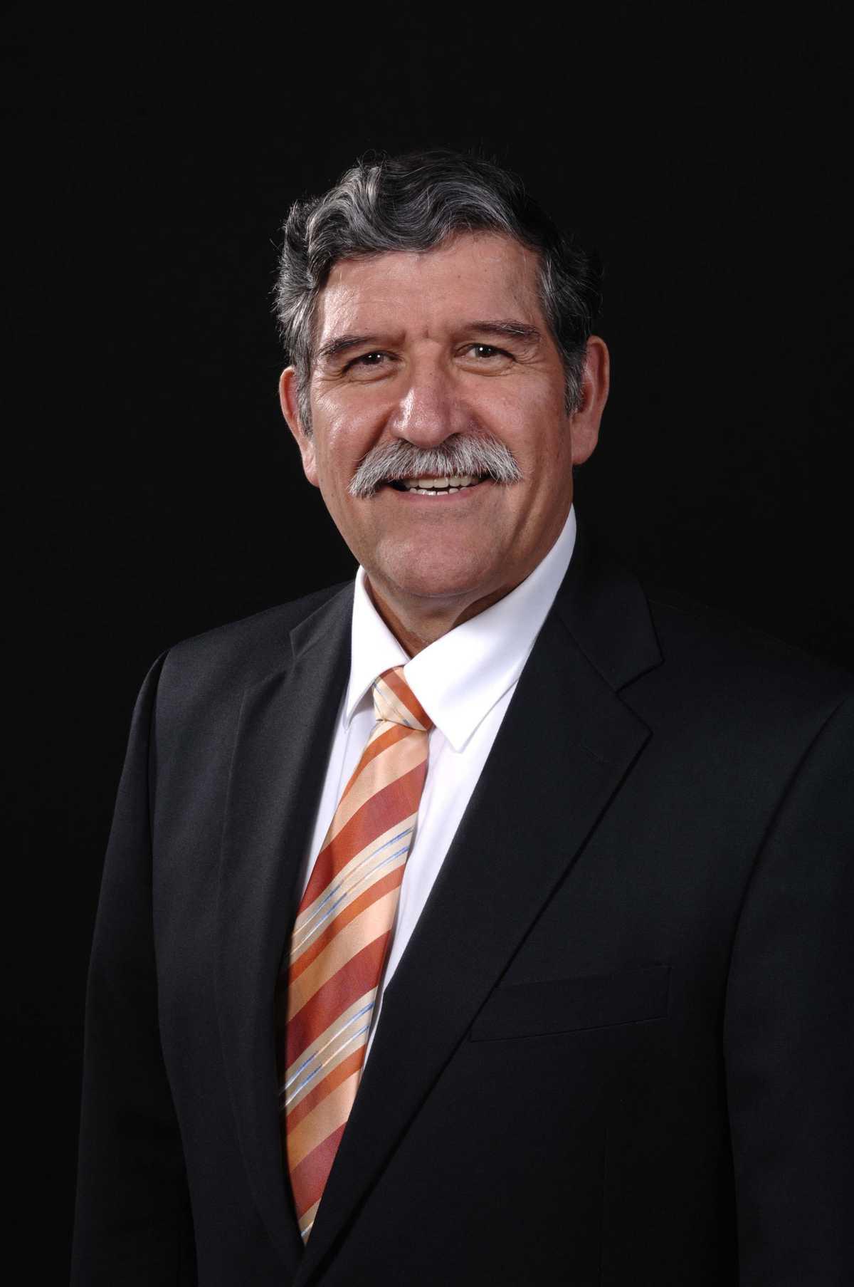 Dr. Ricardo Romo Vice Chairman, Board of Directors