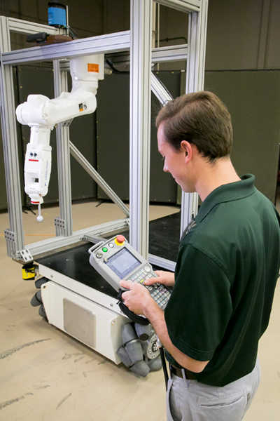 ROS Industrial robotic arm can be programmed to transport and stack food products