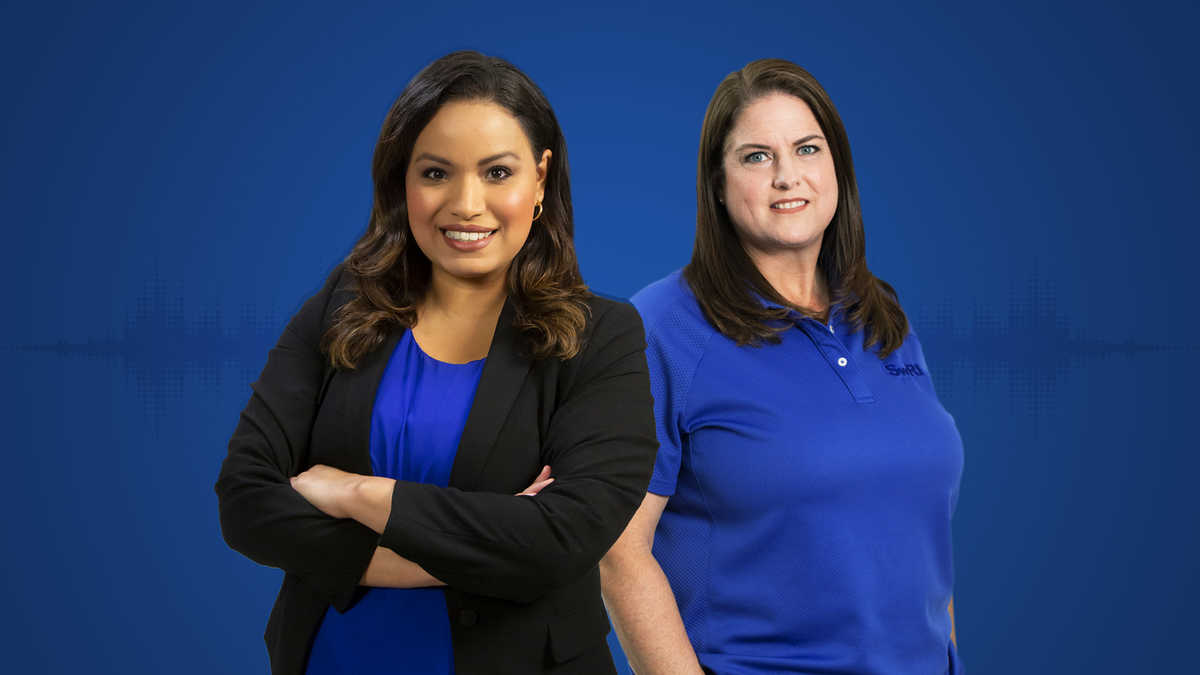 Lisa Peña and Jenny Ferren against a solid blue background
