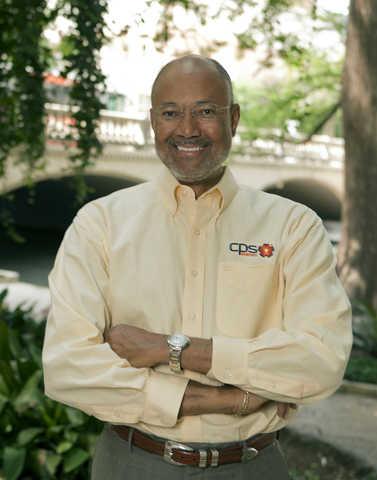 Milton Lee, Vice-Chairman