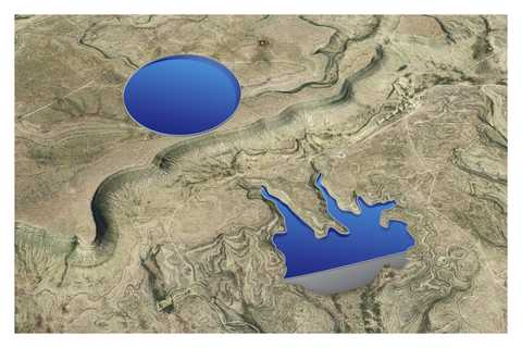 Upper reservoir sited atop a mesa and a lower reservoir created by damming canyons below