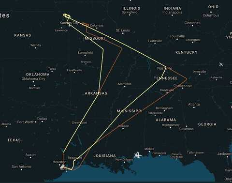 flight path of the two NASA WB-57F research aircraft tracking the August 21 eclipse