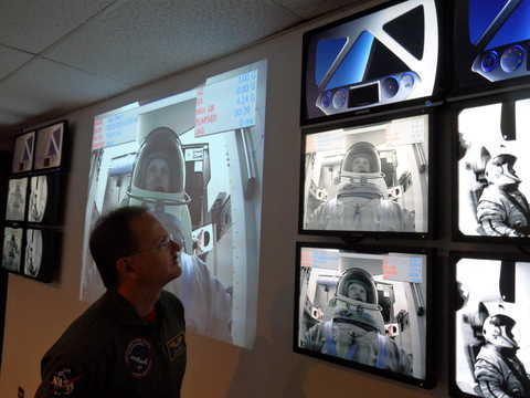 Dr. Dan Durda is one of two SwRI researchers training to fly aboard suborbital spacecraft as a part of SwRI's next-generation suborbital research program.