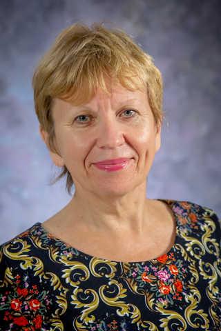 Professional Portrait of Svitlana Kroll
